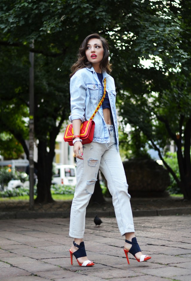Street-Style-Desses-Fashion-With-Denim-Jackets-2015-16-12