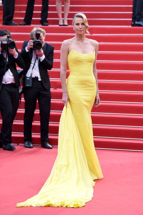 hbz-cannes-2015-charlize-theron-1