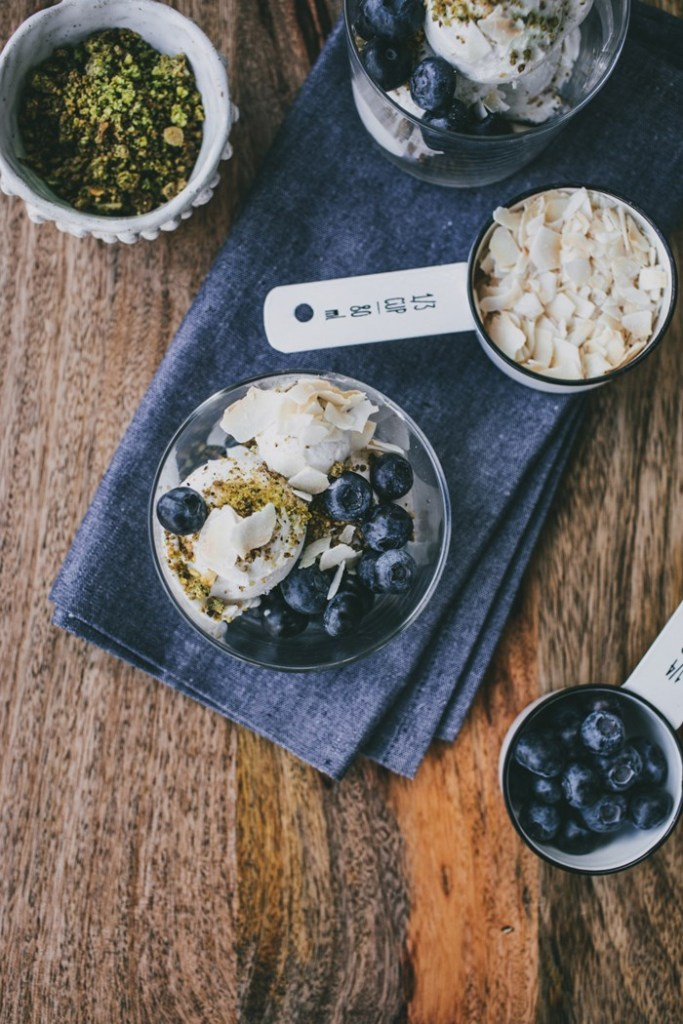 coconut-ice-cream-with-pistachio-crumb-and-blueberries-044_840_472