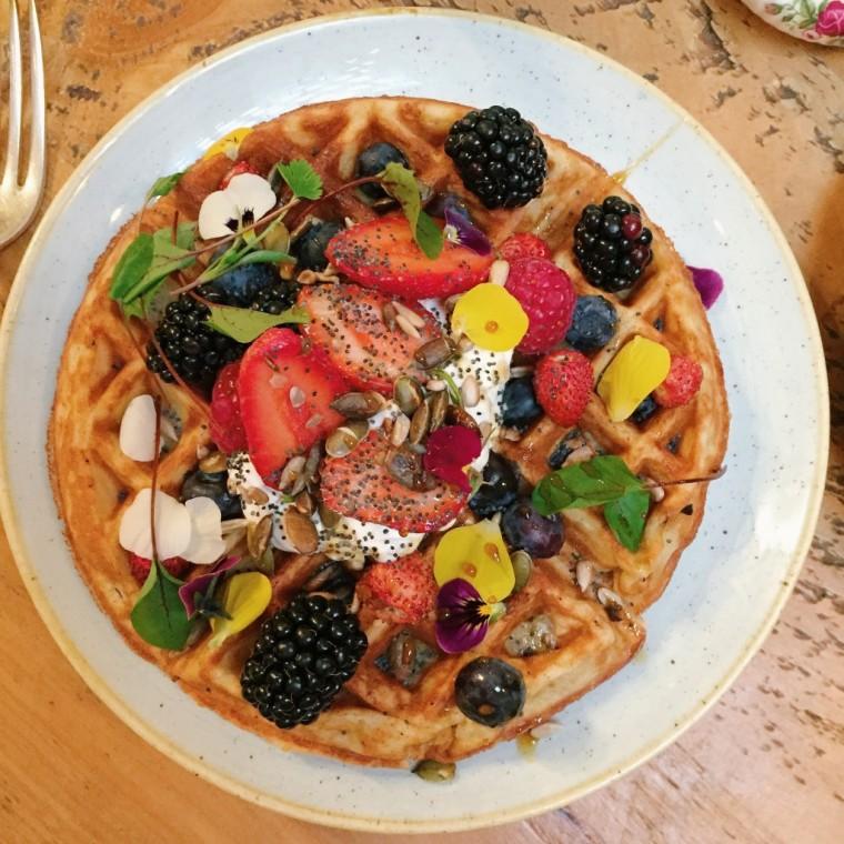 Pachamama-brunch-waffles-2-1024x1024